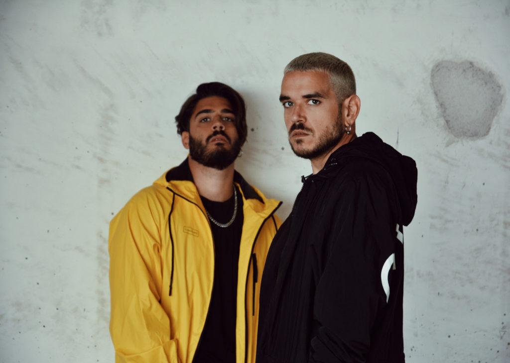 consigned-amo-italian-band-coat