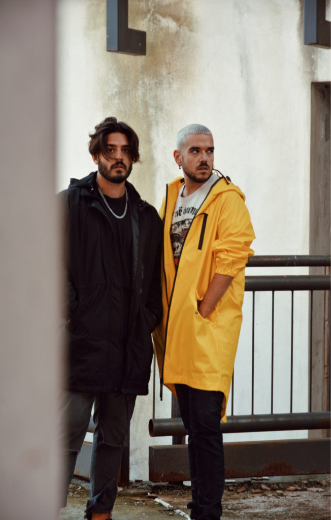 consigned-amo-italian-band-raincoats