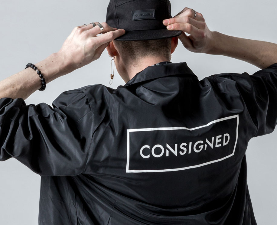 CONSIGNED - Clothing.